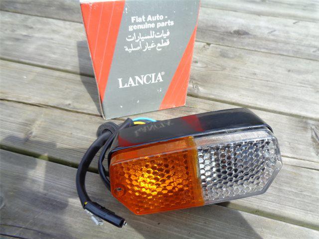 Afbeeldingen van knipperlicht 1500 compleet, voorzijde rechts, oranje/wit