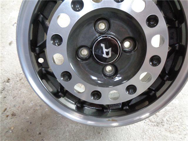 Afbeeldingen van wieldoppen Speedline en CD 91 velg